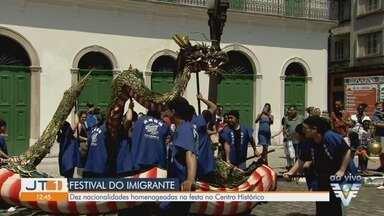 Festival do Imigrante realiza homenagem a diferentes nacionalidades em Santos - Evento segue até este domingo (6) no Centro de Santos, com a participação de dez nacionalidades diferentes e atrações infantis, dança e música.