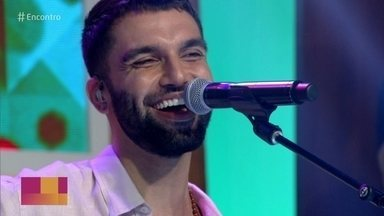 Silva canta 'Fica Tudo Bem' - Confira