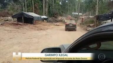Polícia Federal faz operação para combater garimpo ilegal, em Mato Grosso - Segundo as investigações, cerca de 2 mil garimpeiros vivem e exploram uma área no norte do estado, que está bastante devastada.