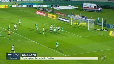 Pouco inspirado, Guarani perde invencibilidade em derrota para o Coritiba - Bugre jogou mal no Couto Pereira, em Curitiba (PR), e voltou derrotado por 1 a 0 para o Coxa.