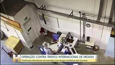 Polícia Federal de Curitiba faz operação contra tráfico internacional de drogas - Segundo as investigações, pessoas que trabalhavam nos Correios roubavam pacotes com drogas sintéticas que vinham principalmente da Holanda.
