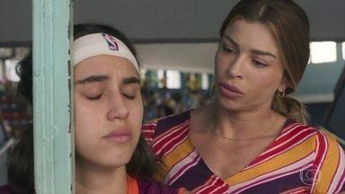 Gabriela fica revoltada por ter sido repreendida - Paloma alerta sua filha sobre as consequências dos seus atos