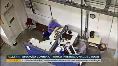 Polícia Federal faz operação que mira ex-funcionários dos Correios - Eles mexiam em correspondências que continham drogas sintéticas e retiravam dos centros de distribuição.