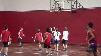 Peneira de basquete no Clube Internacional de Regatas tem grande procura - A seletiva foi realizada no último sábado (5), em Santos.