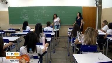 Professores enfrentam desvalorização e desafios na profissão - Oeste Paulista tem, só na rede estadual, mais de 4 mil profissionais do magistério.