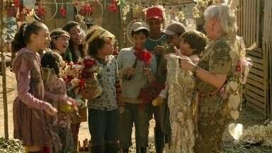 Lucinda organiza uma festa para Rita e Batata - Crianças ajudam a preparar tudo