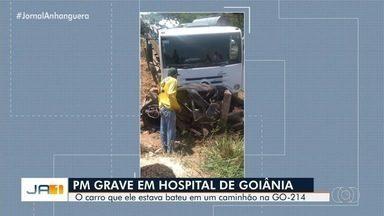 Policial militar fica ferido em acidente na GO-214, em Pontalina - Segundo moradores da região, um caminhão colidiu contra um carro de passeio onde estava o policial. Ele foi transferido para Goiânia para o Hospital de Urgências de Goiânia.