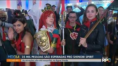 Milhares de pessoas são esperadas para evento da cultura geek em Curitiba - Até domingo (20) tem concurso de karaokê, K-pop, cosplay no Espaço Torres Paraná. Convidados internacionais vão participar do Shinobi Spirit.
