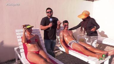 Na onda da marquinha com MC Deyvin e o Hino do Bronze - Daniel Viana leva cantor e convidada para uma sessão de bronzeamento