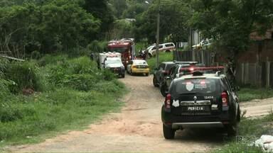 Polícia investiga morte de criança, de 7 anos, em um arroio de Ponta Grossa - O corpo da criança foi encontrado hoje (19) de manhã.