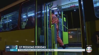 Três ônibus bateram na pista exclusiva do Move - Segundo bombeiros, as vítimas, todas com ferimentos leves, foram encaminhadas para hospitais da região. Acidente aconteceu na Avenida Antônio Carlos.