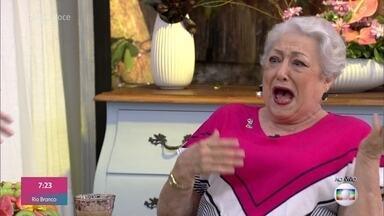 Suely Franco brinca que Ana Maria 'roubou' a casa de Dona Benta - Ana Maria Braga recebe as atrizes Suely Franco e Nívea Maria para o café da manhã na Casa de Cristal, que está situada no local onde era gravado o 'Sítio do Picapau Amarelo'