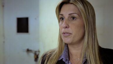 Mães - A delegada Daniela Terra investiga uma quadrilha de roubos de carro à mão armada. As mães dos suspeitos se tornam fundamentais no trabalho.