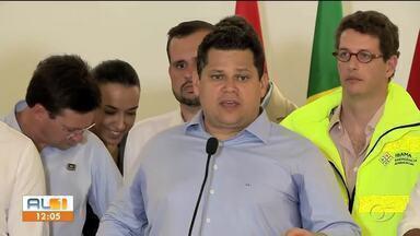 Davi Alcolumbre está em visita a Alagoas - Ele está como presidente em exercício, e veio acompanhado do Ministro do Meio Ambiente e de senadores por Alagoas.