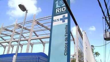 Crivella anuncia atendimento de saúde feitos por vídeo onde unidades fecham por tiroteios - Prefeito do Rio de Janeiro anunciou que onde a violência é maior no Rio de Janeiro, os atendimentos médicos serão feitos à distância, por vídeo.