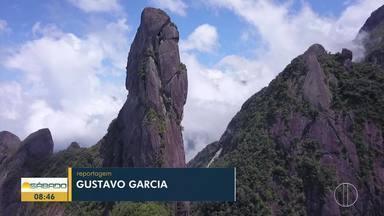 'Vai Encarar?': Gustavo Garcia escala o Dedo de Deus - Assista a seguir.