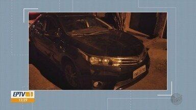 Carro roubado é recuperado em garagem de Varginha, MG - Carro roubado é recuperado em garagem de Varginha, MG
