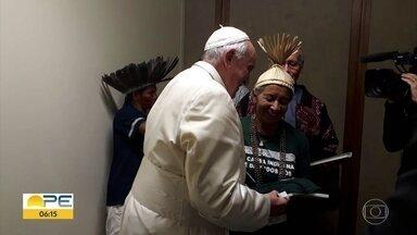 Líder Xucuru representa povos índigenas em encontro com o papa Francisco - Dona Zenilda foi recebida com festa em Pesqueira.
