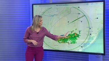 Chuva com trovoadas permanecem na Região da Campanha nesta quarta-feira - Assista ao vídeo.