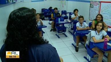 Pais sentem dificuldade de escolher onde os filhos vão estudar - Pais precisam encontrar um local que seja bom e que caiba no bolso.