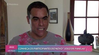 Jogo de Panelas Cabo Frio: Rodrigo - Professor de inglês conta que aprendeu a cozinhar quando morou fora do país