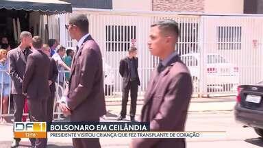 Bolsonaro faz visita a moradora de Ceilândia - Algumas ruas da QNP 14 ficaram fechadas na manhã desta sexta (1/11) para receber o presidente Jair Bolsonaro. Ele visitou uma moradora de 9 anos que fez um transplante de coração.