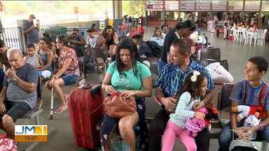 Movimento de passageiros na rodoviária de São Luís foi abaixo do esperado - Apesar do feriado de Finados, a movimentação de passageiros na rodoviária foi abaixo do esperado.