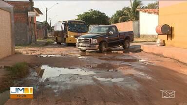 Falta de infraestrutura em bairro em São José de Ribamar incomoda moradores - Moradores do Parque Araçagy afirmam que já fizeram várias reivindicações a prefeitura.