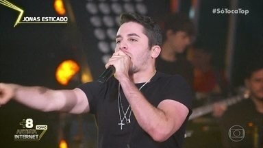 Jonas Esticado canta 'Vem Me Amar' - Cantor está no ranking artista internet forró