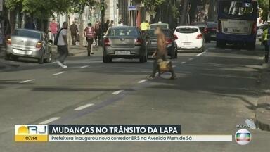 Prefeitura inaugura corredor BRS na Avenida Mem de Sá, na Lapa - Faixa é exclusiva para ônibus, táxi com passageiro e vans escolares