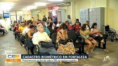 Grande procura de eleitores para fazer o cadastro biométrico em Fortaleza - Saiba mais no g1.com.br/ce