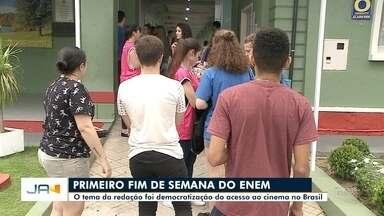 Mais de cinco mil pessoas prestaram a prova do Enem em Blumenau - Mais de cinco mil pessoas prestaram a prova do Enem em Blumenau