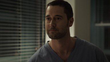 Até o Último Minuto - Reynolds começa a construir seu próprio departamento enquanto a Dra. Sharpe tenta lutar contra o ceticismo de um paciente.