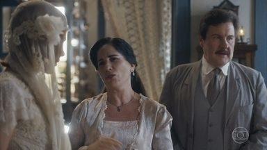 Lola elogia Olga, que reclama da cabra de Candoca - Maria pede que Júlio leva Olga ao altar de uma vez, ou não terá casamento