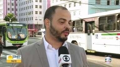 Especialista dá dicas para transformar vaga temporária em emprego com carteira assinada - Edson Xavier Júnior explica como o trabalhador deve agir.