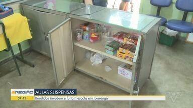 Escola é invadida e furtada em Iporanga, no Vale do Ribeira - Bandidos levaram equipamentos eletrônicos e mercadorias da cantina.