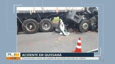 Colisão entre duas carretas deixa motorista morto na BR-101 - De acordo com a Autopista Fluminense, existe a suspeita que a vítima tenha dormido na direção no trecho da rodovia em Quissamã (RJ).