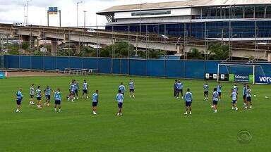 Dupla Gre-Nal se prepara para os jogos do Brasileiro desta quinta-feira - Grêmio tem chance de entrar no G4. Inter busca recuperação após derrota.