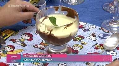 Sobremesa de Gilberto não agrada os convidados - O professor tenta explicar o que saiu errado em sua receita