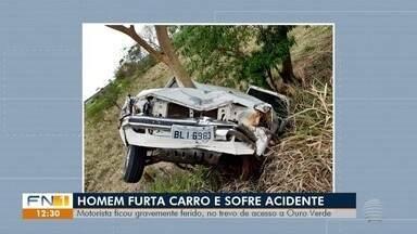 Homem furta carro e se envolve em acidente, em Ouro Verde - Indivíduo sofreu ferimentos de natureza grave.