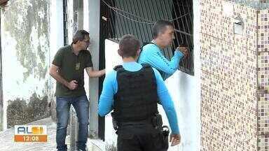 Operação da Polícia Civil prende três pessoas em Maceió - Presos são suspeitos de crimes de roubo.