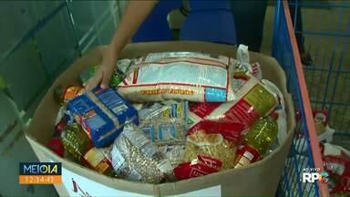 Campanha Árvore do Bem começa a arrecadar alimentos no Noroeste - O Natal RPC precisa da sua ajuda.