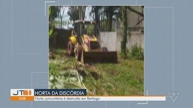 Moradores reclamam após prefeitura destruir horta comunitária em Bertioga - Espaço era utilizado como depósito de entulho e foi revitalizado por jovens que o transformaram em horta comunitária.