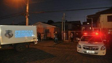 Homem morre eletrocutado em Caxias do Sul - João Valtuir Vieira Alves, 57, estava cortando a grama no quintal de casa.