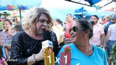 Pão com Ovo: Dia de Feira - Clarisse e Dijé fazem uma disputa de quem descobre a mistura mais exótica com farinha.