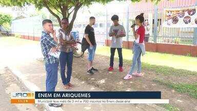Confira a movimentação no ENEM no Estado - Em Guajará-Mirim, teve gente que chegou atrasada e sem documento.