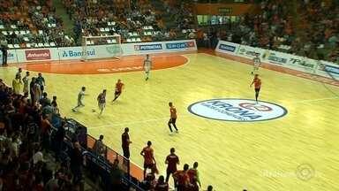 ACBF perde na prorrogação e dá adeus à Liga Nacional de Futsal - Time foi desclassificado pelo Pato.