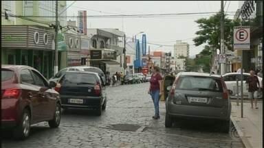 Comércio aposta em saldo positivo no setor com contratações temporárias em Itararé - O comércio está apostando em um saldo positivo no setor com contratações temporárias em Itararé (SP).