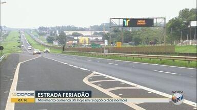 Feriado prolongado faz crescer em 8% o movimento nas rodovias da região de Ribeirão Preto - Polícia Rodoviária orienta motoristas sobre direção segura.