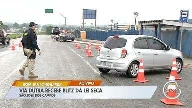 Dutra tem blitz da lei seca no feriado prolongado em São José - Operação começou na quinta e duas pessoas foram presas por tráfico.